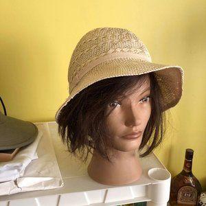 Woman's Hat by Banana Republic